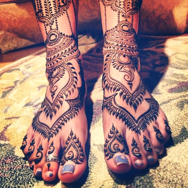 Indian Bridal Mehndi Designs For Feet On Wedding  Weddingplz