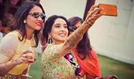 selfie-maine-le-li-hai-lol-some-selfies-that-we-loved