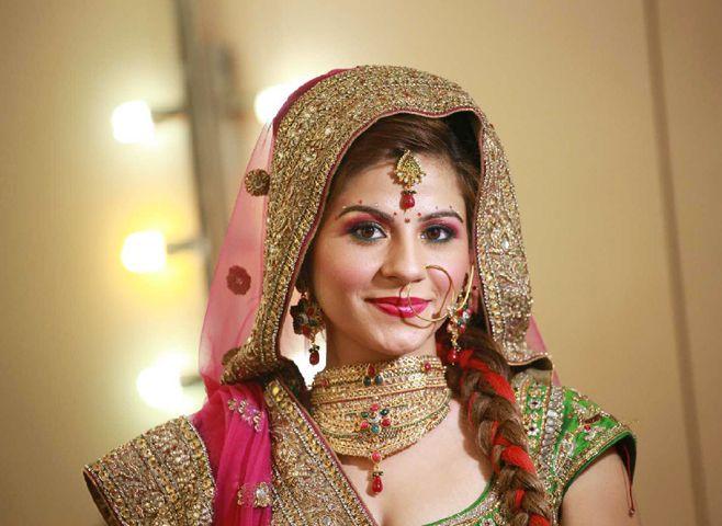 Vidya Tikari1.weddingplz