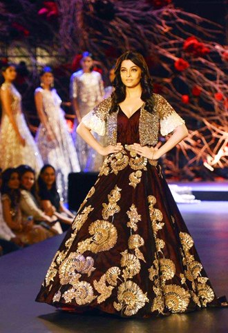 Manish Malhotra1.weddingplz
