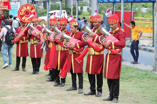 This Dilli Ka Mashoor Band Will Electrify Your Wedding They Have Honour Of Being The Official Partner For Delhi Dare Devils Cricket Team In Indian