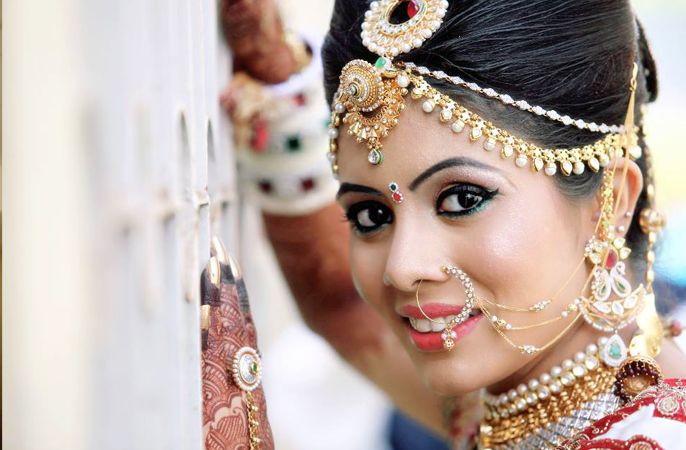 How To Become Bridal Makeup Artist : Top Bridal Makeup Artist in Mumbai, Professional Wedding ...