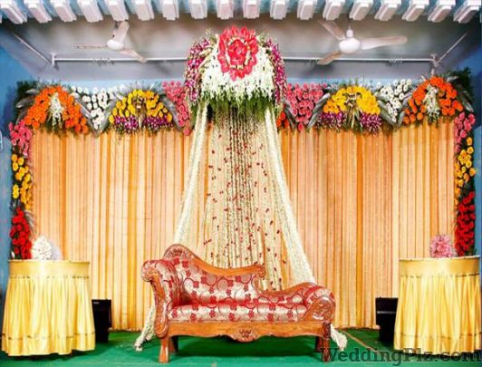 Flower shop in mumbai flower shops in mumbai weddingplz for Artificial flower decoration for ganpati