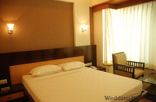 Hotel Lerida Thane Rooms