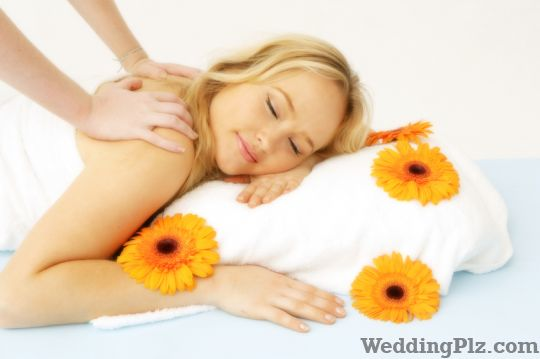 Body polishing in shivaji nagar shivaji nagar body for Adonia beauty salon