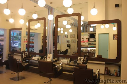 BBLUNT Salons + Products + Expertise