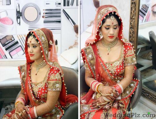 Fashion Beauty Rate: Roop Rang Beauty Parlour, Rohini Sector 11, Rohini