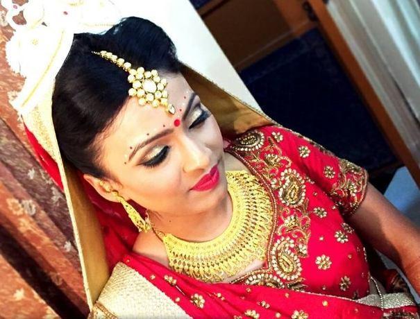 Mehndi Makeup Artist : Makeup artists in dwarka weddingplz