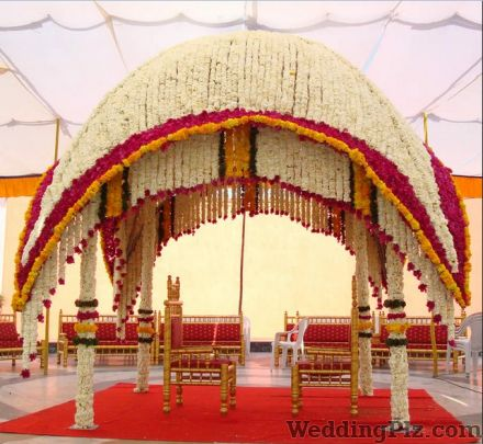 Wedding decoration in central mumbai central mumbai wedding padma wedding decorators junglespirit Image collections